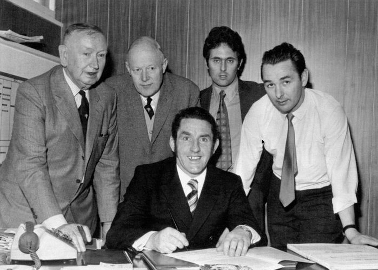 Dave Mackay choose the Rams